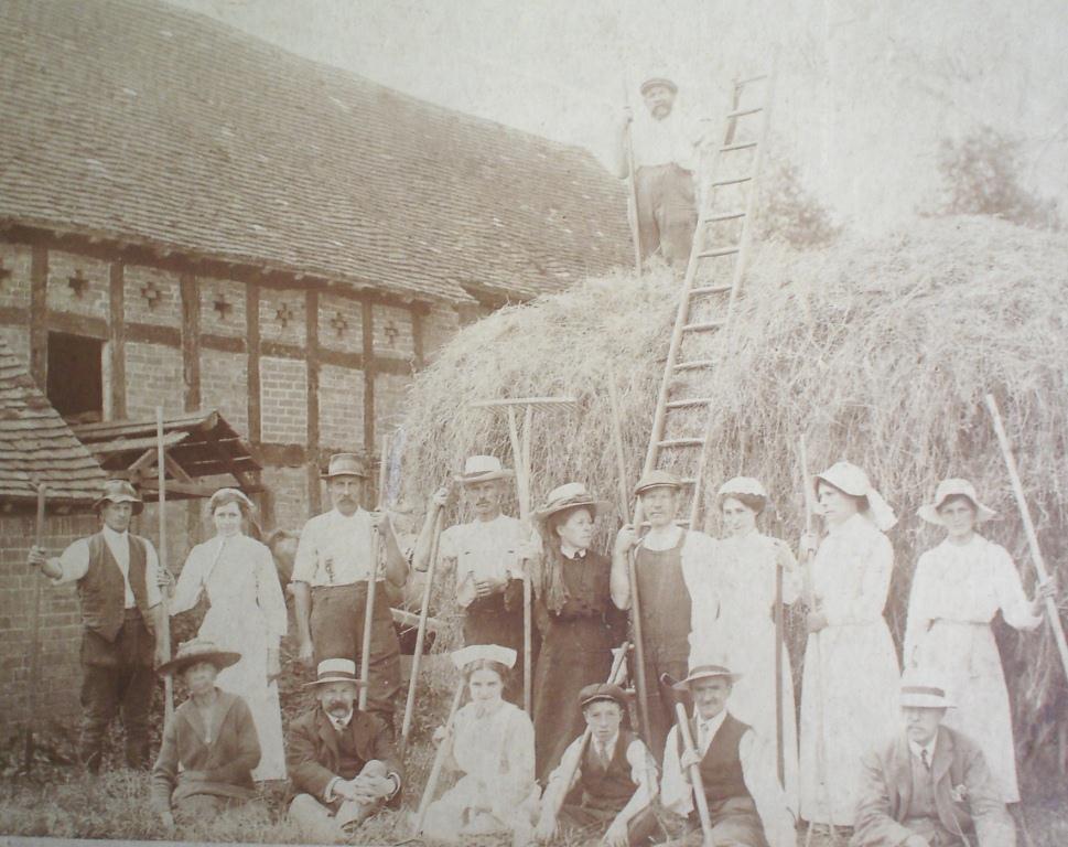 Severn End haymaking, 1918